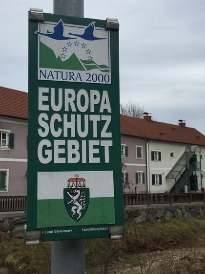 Regine Dura / Hans-Werner Kroesinger Willkommen in der Europaschutzzone Foto: Regine Dura